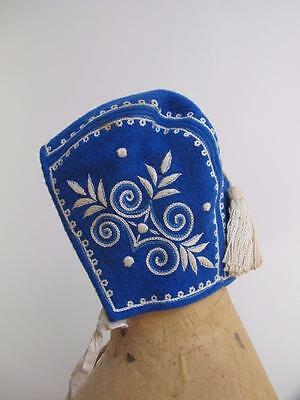 VINTAGE 1930's BLUE FELT & WHITE EMBROIDERED BABY CAP BONNET with TASSEL