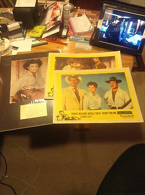 Robert Mitchum Signed Autograph Lobby Cards Lot Of 3