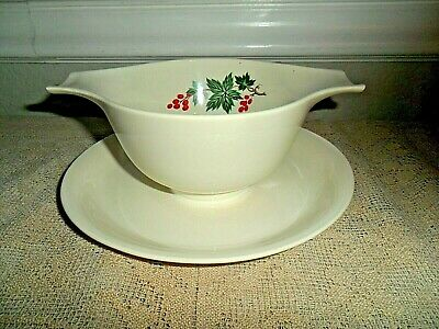 Homer Laughlin Debutante Wild Grapes Gravy Boat / Dish Attached Underplate D4
