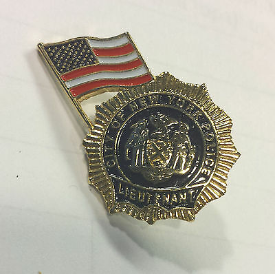 9-11 Commemorative NYPD Pin with Flag - Lieutenent New ***SPECIAL SALE***