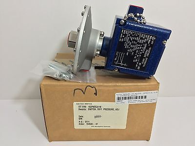 New! Itt / Neo-Dyn Adjustable Differential Pressure Switch 152P82C3118