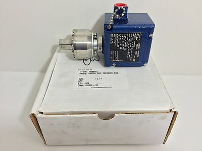 New! Itt / Neo-Dyn Adjustable Differential Pressure Switch 160P44C3