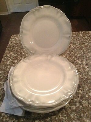 Pier 1 One imports 8 pc set Melamine Scalloped  Salad Plates Dishes - New