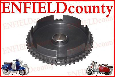 NEW LAMBRETTA SCOOTER GENUINE SIL CHAIN SPROCKET 47 COGS GP SX LI S TV@ ECspares