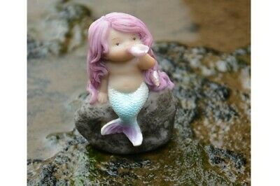 Fairy Garden Mini - Little Mermaid Playing With Shell