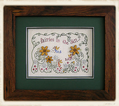 FAiRiES IN THE DELL || Stitchery Pattern & Buttons || UP iN ANNiE'S ROOM!