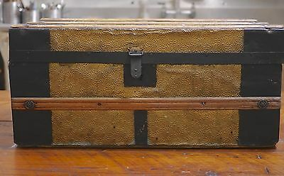 Antique Vtg Victorian Gold Tone Metal Tin Wood Small Coffee Table Steamer Trunk
