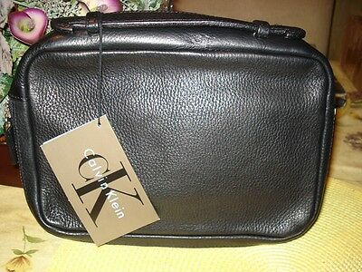 Nwt Unisex Calvin Klein Black Leather Id Document Holder Clutch ~ Msrp $140.00