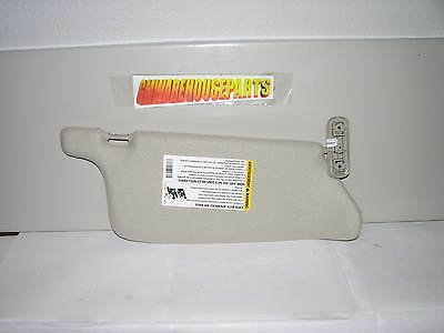 2006-2010 Colorado Canyon Gray Driver Side Sunvisor New Gm # 15213196