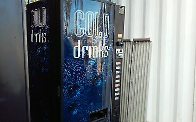 Dixie Narco 501E Drink Machine
