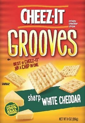 Cheez-It Grooves Sharp White Cheddar Baked Snack Crackers