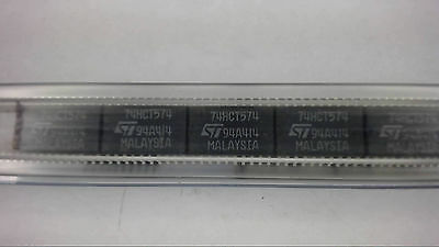 ST MICRO 74HCT574 20-Pin SMD Integrated Circuit New Lot Quantity-10