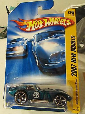 Hot Wheels Shelby Cobra Daytona Coupe 2007 New Models Green