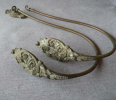 Antique pair of french hooks hanger made of bronze 19th century Louis XV signed