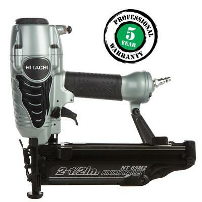 """Hitachi NT65M2S 2-1/2"""" 16 Gauge Pneumatic Finish Nailer with Air Duster"""