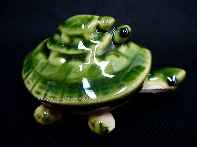 One -1x -Turtle 3 Stacked Long Life Charm Bobblehead Ceramic Green Figurine NEW