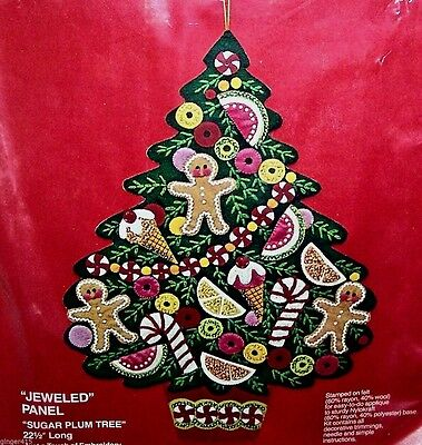 Bucilla SUGAR PLUM TREE Felt Christmas Wall Hanging Kit-Vintage 2830 Sterilized