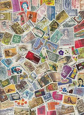 260 All different CANADA stamps, mainly LARGE * pack D