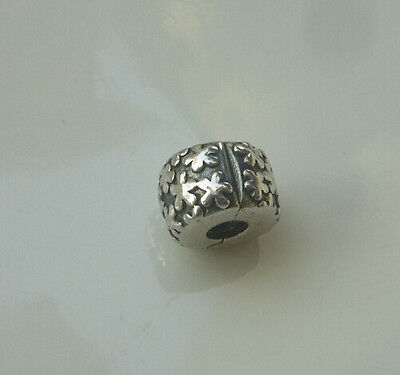 Authentic Pandora Sterling Silver Charms Clip With Flowers 790533