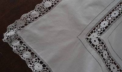 Vintage Linen Tablecloth Handmade Bobbin Lace Trim 35""
