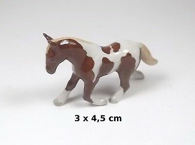 cheval miniature en porcelaine,collection, vitrine, paard, horse A2-10ch