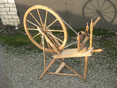 Antique SOLID OAK SPINNING WHEEL Sweden Big Wheel 25""
