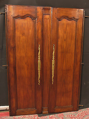 ancienne portes d 39 armoire bretonne avec bati en. Black Bedroom Furniture Sets. Home Design Ideas