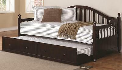 Traditionally-Styled Cappuccino Finish Wood Daybed w/ Trundle by Coaster 300090