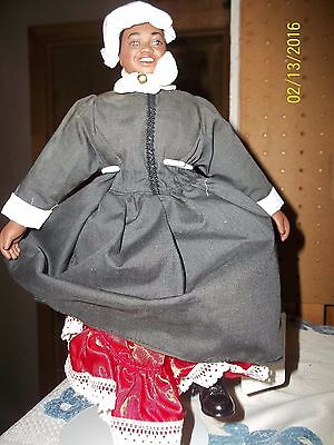 Mammy w RED PETTICOAT Cloth body/Vinyl 1989 Gone with the Wind World Doll#61061