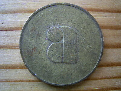 "A 2 VENDING 25mm  MEDAL / TOKEN  "" E411"""
