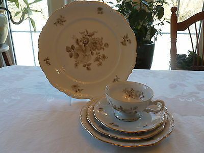 "Mitterteich Bavaria ""Charming Barbara"" Place Setting (5 pieces)"