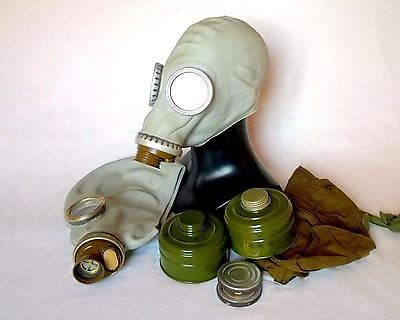 Soviet Russian GP 5  military Gas mask GP-5. Grey rubber New, Nos. All Sizes