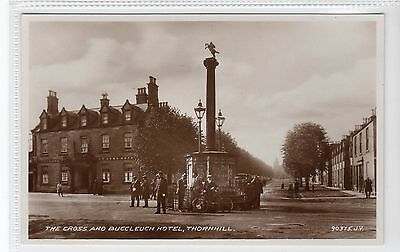 THE CROSS AND BUCCLEUCH HOTEL, THORNHILL: Dumfriesshire postcard (C16164)