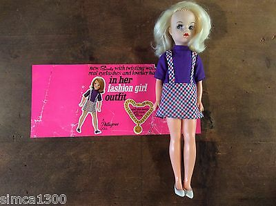 Sindy doll 1968 fashion girl outfit orginal outer box wrap.