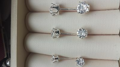 925 Sterling Silver Cubic Zirconia CZ Round Clear Crystal Stud Earrings - 1 pair