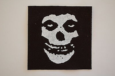 "Misfits Cloth Patch Sew On Badge Adicts Punk Rock Music Approx 4""X4"" (CP74)"
