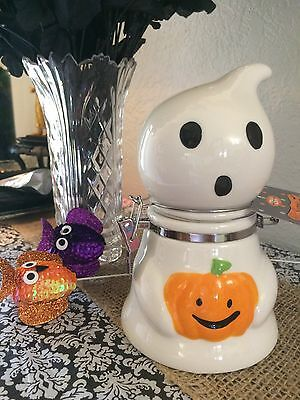 Ghost DECANTER~TREATS~HALLOWEEN HOME DECOR AND DECORATION/KITCHEN~