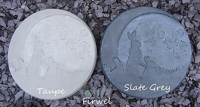 Moon Gazing Hare Familly Stepping Stone Wall Plaque Pagan wiccan garden ornament