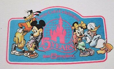 M * vtg 80s 1986 WALT DISNEY WORLD coca cola t shirt * mickey minnie mouse
