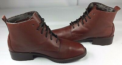 Bass Women's Ankle Paddock Boots Cordovan Equestrian EUC! Size 7M