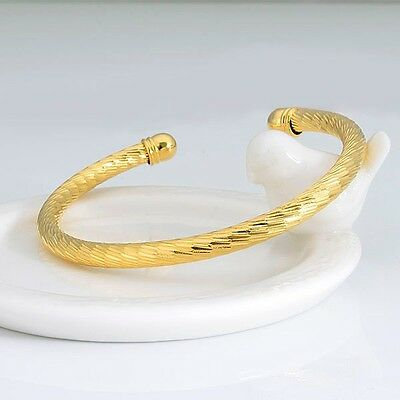 Women's Carved Bracelet Bangle 18K Yellow Gold Filled Charm Gift Fashion Jewelry