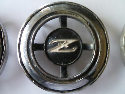 Datsun 240 Z 1973 side ornement  logo 3 pieces set