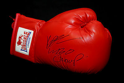 *New* Billy Joe Saunders Signed Red Autograph Boxing Glove.