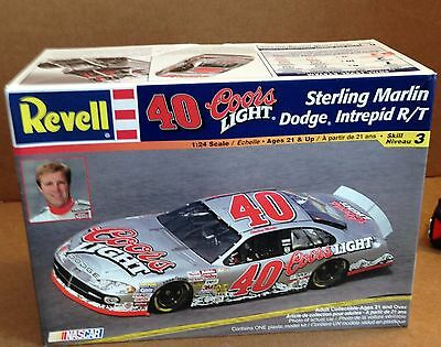 Nascar Revell 40 Coors Light Sterling Marlin Dodge Intrepid R/T 1:24 Model Kit