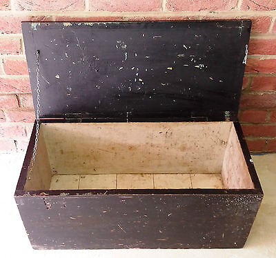 Old Pine Lidded Storage Box Chest Trunk...Vintage Table...Blanket/Tool/Log Store
