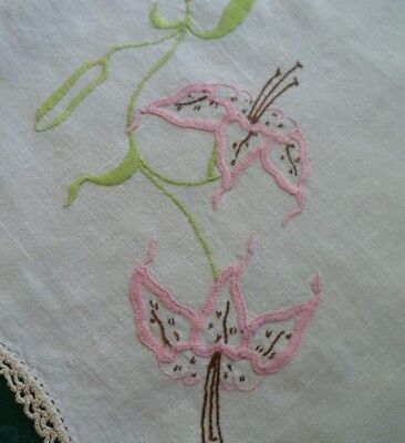 Vintage Pink Tiger Lily Embroidered Large Doiley With Cream Hand Crocheted Edge