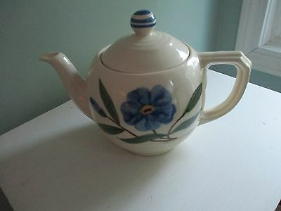 USA/Shawnee Art Pottery Teapot - Off-white Blue, Green Floral
