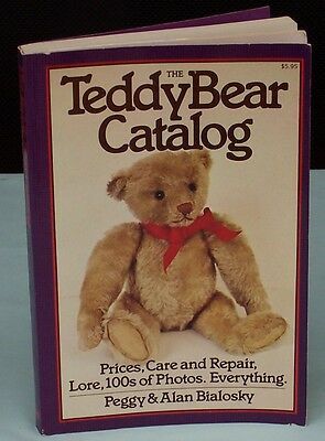 Teddy Bear Catolog. Peggy & Alan Bialosky Reference Book