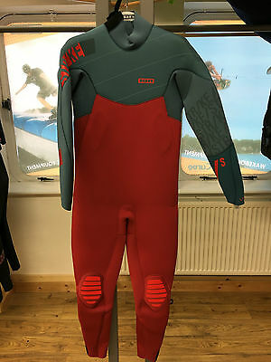 Brand New 2016 ION Men's STRIKE Semidry 5,5MM Wetsuit (size L)