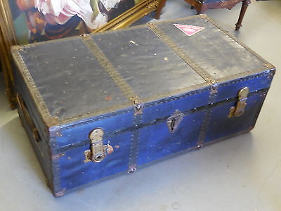 ANTIQUE -TRUNK COFFEE TABLE -ORIGINAL EARLY 1940's